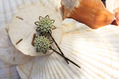 Lotussagehairpins