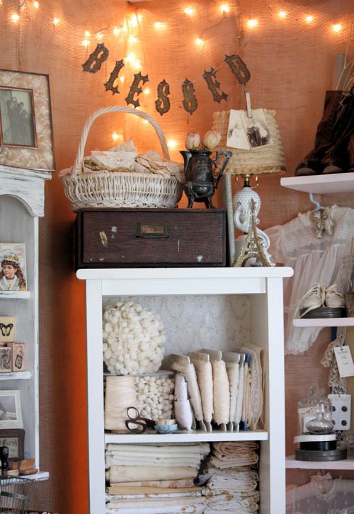 Corner Shelf 1
