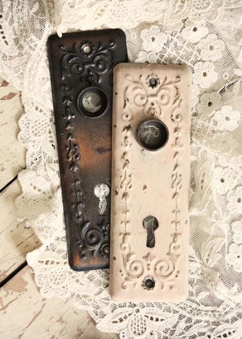 Keyhole Plates 1