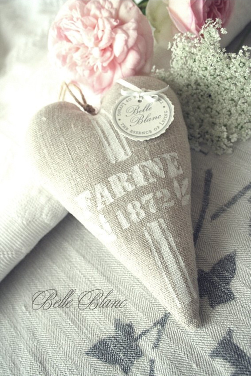 Farine Heart Copyright Belle Blanc 2