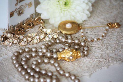 Vintage Jewelry 1