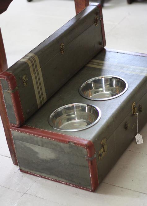 Suitcase Dog Dishes