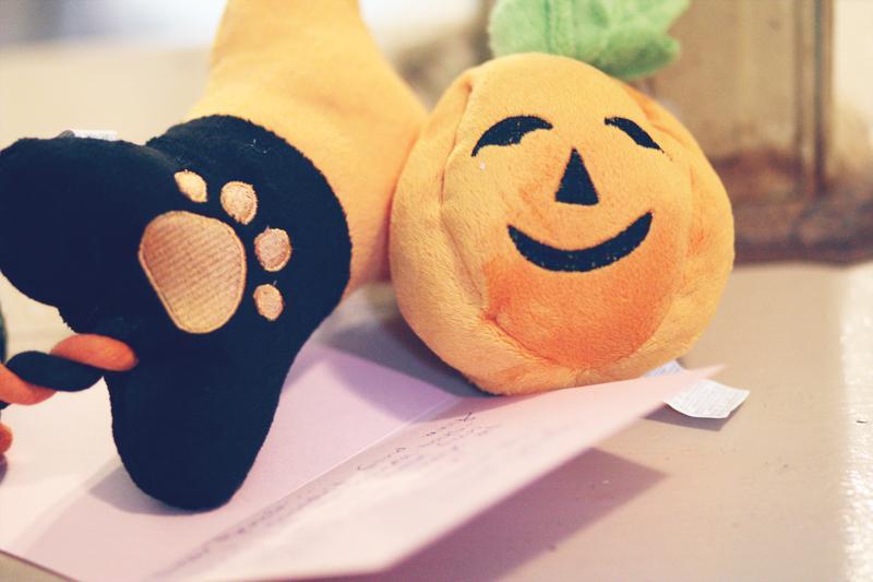 Renoir's Halloween Gifts