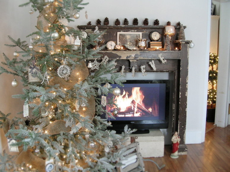 Mantel and Tree