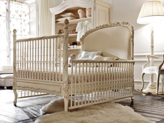 Mariah-carey-baby-nursery-idea-luxury-baby-girl-nursery-Notte-Fatata-by-Savio-Firmino-crib